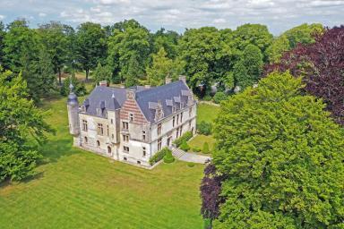 vue aérienne du château de Gromesnil et de son parc à Saint-Romain-de-Colbosc