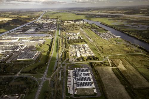 vue aérienne du parc logistique, pôle industriel du Havre